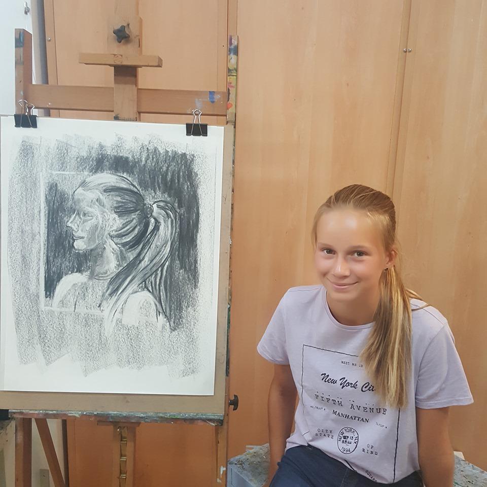 portrait sketching at studio brugman