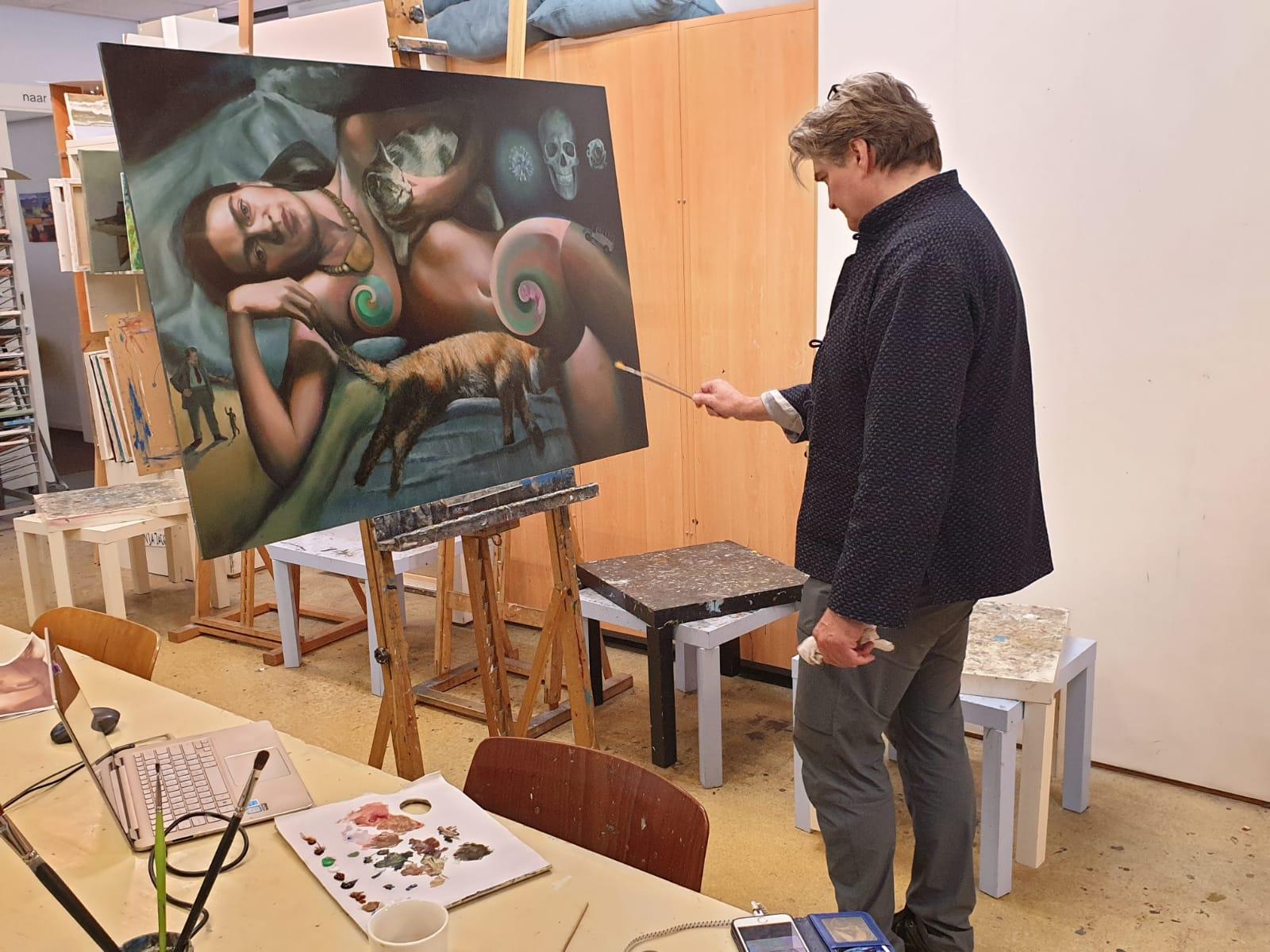 Corne Akkers painting Frida Kahlo at Brugman Art